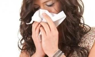 Біжить вода з носа? Зверніться до лікаря!