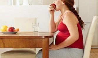 Чим загрожує рання вагітність