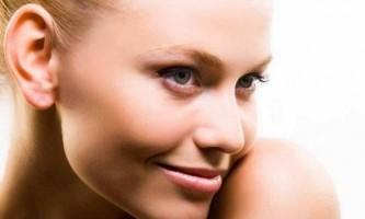 Чим корисно мигдальне масло для шкіри обличчя?