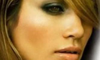 Димчасті очі - таємничий макіяж
