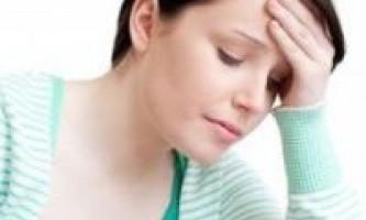 Якщо болить груди перед місячними: як полегшити муки
