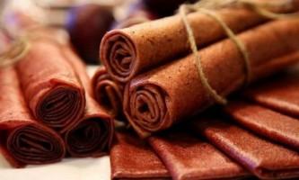 Фруктовий лаваш - популярне кавказьке ласощі. Секрети приготування
