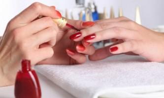 Як ідеально нафарбувати нігті