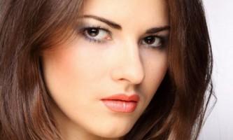 Як навчитися робити гарний макіяж