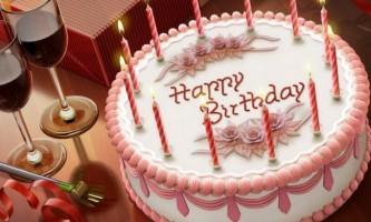 Як привітати подругу з днем народження