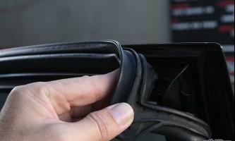 Як запобігти двері автомобіля від замерзання