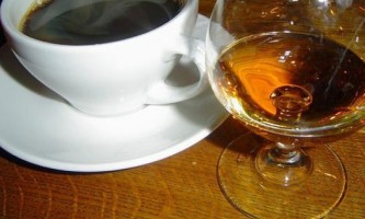 Як приготувати чай з коньяком