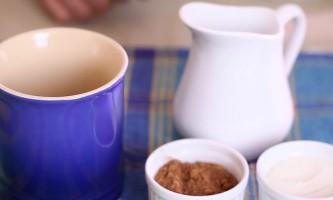 Як приготувати гарячий шоколад з чистого какао