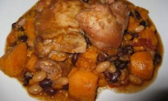 Як приготувати курку з картоплею і квасолею