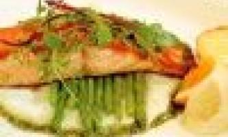 Як приготувати лосося в духовці