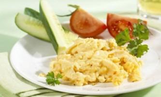 Як просто приготувати смачну яєчну кашку (брюі)