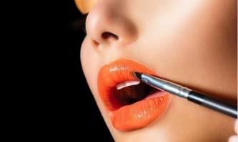 Як зробити губи пухкими