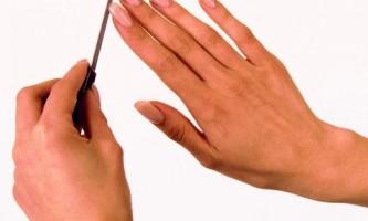 Як зробити накладні нігті самим