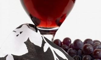 Як зробити вино вдома