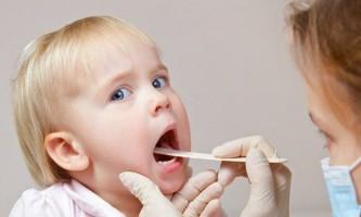 Як змастити горло дитині