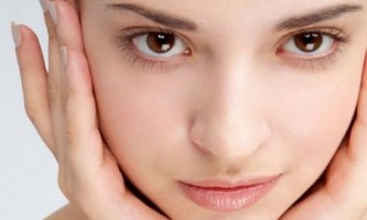 Як прибрати загар з обличчя за 1 день
