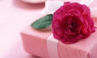 Як здивувати свою дівчину в її день народження