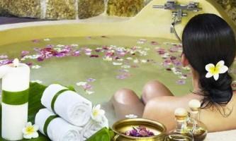 Які розслаблюючі ванни допомагають скинути вагу