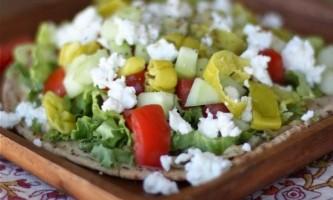 Легкі салати на вечерю: швидко, смачно і ситно!