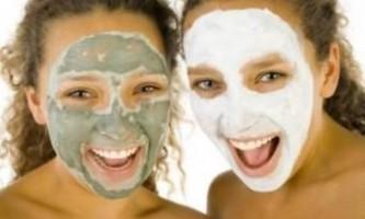Маски для обличчя з глини від прищів