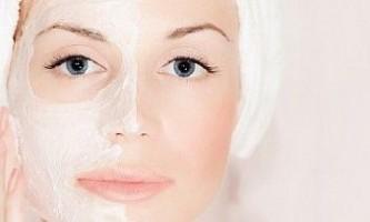 Маски для обличчя з ефектом відлущування також омолоджують і тонізують шкіру