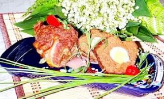 М`ясні кекси з сочевичної борошном, перепелиними яйцями і пекучим перцем - рецепт