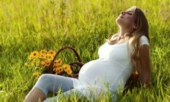 На якому терміні вагітності сильно розпухають ноги