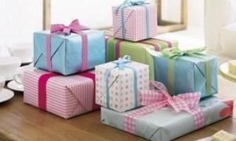 Кілька ідей про те, що подарувати хорошій подрузі на день народження
