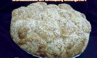 """""""Мавпячий"""" хліб з сиром і кунжутом - рецепт"""