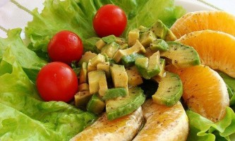 Оригінальні салати зі свіжих овочів