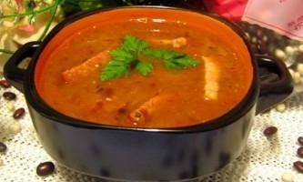 Гострий томатно-квасолевий суп
