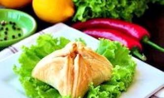 Пиріжки з листкового тіста з морепродуктами - рецепт