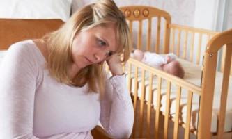 Післяпологова депресія: симптоми, ознаки, причини. Що таке післяродова депресія і як її уникнути?