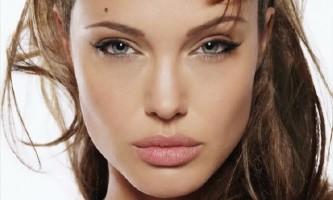 Правильний макіяж для маленьких очей: глибокий виразний погляд