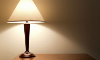 Правильний світло: як вибрати лампу для робочого столу
