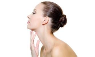 Причини виникнення, симптоми і лікування кісти шиї