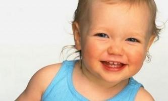 Дитина 10 місяців: розвиток вашого малюка