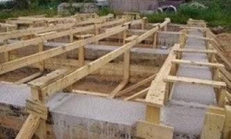 Ремонт фундаменту дерев`яного будинку