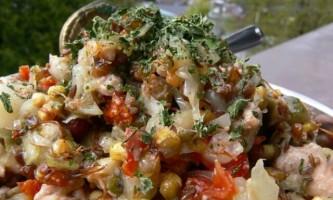 Салат з печінки тріски консервованої: просте витонченість