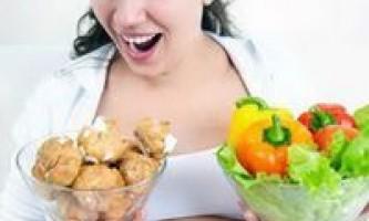 Список заборонених продуктів, що не можна їсти вагітним у першому триместрі