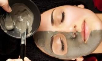 Способи зробити маску для обличчя з чорної глини