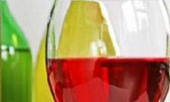 Сухе вино - прикраса столу