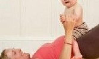 Покращуємо фігуру після пологів: тренування вдома