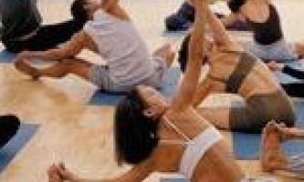 Вправи для спини при остеохондрозі