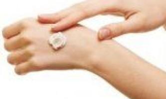 Вибираємо правильний крем для рук